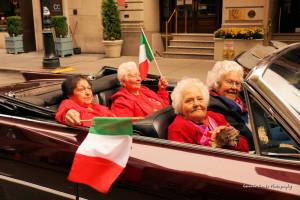 """La grande parata. San Silverio e i ponzesi al """"Columbus Day"""". Lucia Sandolo"""