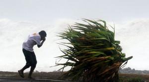 L'uomo contro il vento