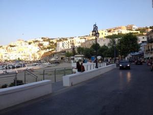 Sant'Antonio. Nuovo assetto dei marciapiedi. Foto dal web