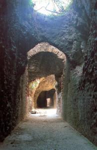 Tunnel Chiaia di Luna prima dei lavori