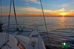 013 IsolaMondo, navigazione all'alba