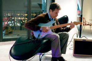 Harold prova la Fender Stratocaster
