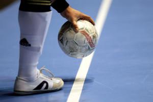 calcio a 5-pallone