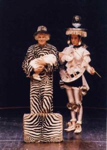 21. Zebra e piattini