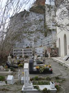 Cimitero. Il piano basso