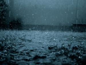 Pioggia sul mare