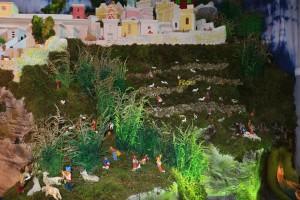 Presepio Cimitero. Particolare con pastori