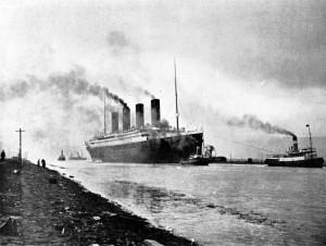 RMS_Titanic_sea_trials_April 2 1912