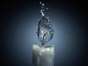 candela--acqua