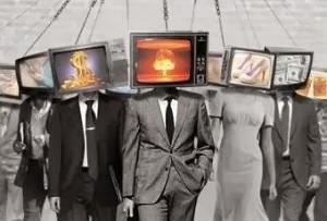 mass-media-e-il-dio-denaro-