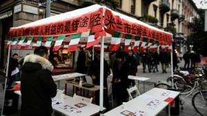 Gazebo e ideogrammi. Comunità cinese al voto per le primarie di Milano