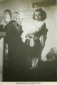 Maria Vitiello con la figlia Enrica