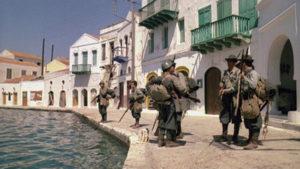 Mediterraneo. L'arrivo sull'isola che appare deserta