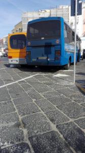Stazionamento autobus alla banchine