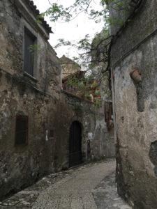 Vicoli di Caserta vecchia