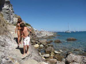 ponza_beach_walk