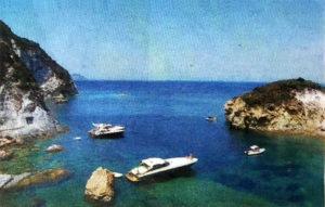 Ponza. Cala dell'Acqua. Foto da Latina Oggi