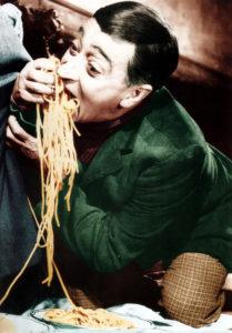 Miseria e Nobiltà di Mario Mattoli con Totò