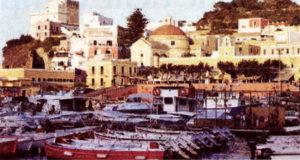 Ponza. Banchine e porto. Foto da LT Oggi