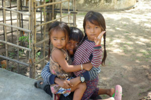 bambini-a-phnom-penh-2