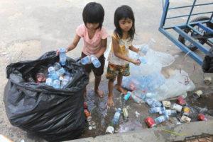 Bambini a Phnom Penh.3