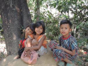 bambini-a-phnom-penh-5