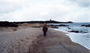 costantino-lungo-la-spiaggia-copia