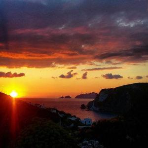 tramonto-con-palmarola