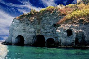 ponza-grotte-di-pilato-900x600