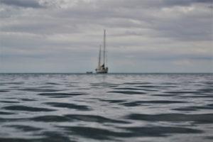 yacht-al-largo