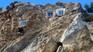 case-nella-roccia