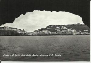 vecchia-cartolina-di-ponza-il-porto-visto-dalla